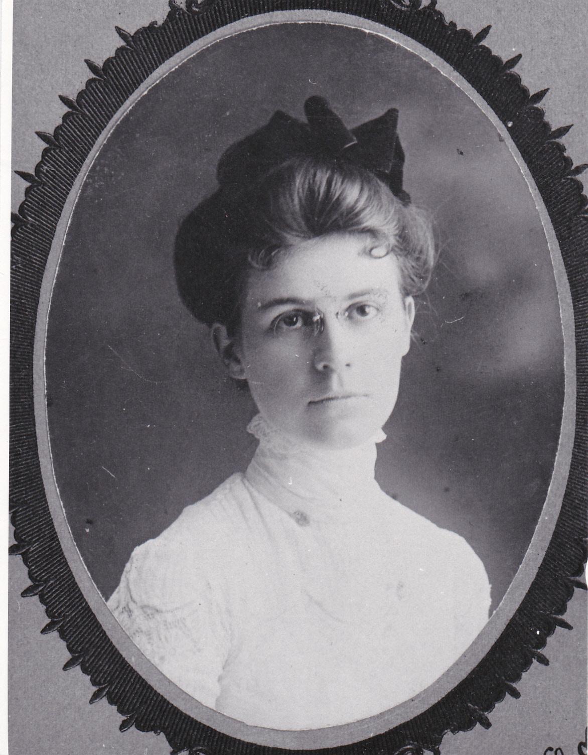 Lillian 1901
